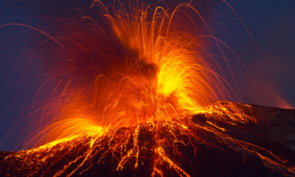Geology tours that visit volcanoes